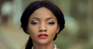 """Simi Signs New Deal With Apple Music's """"Platoon"""""""