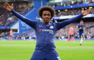 Premier League - Willian offered three-year deal to leave Chelsea for Arsenal