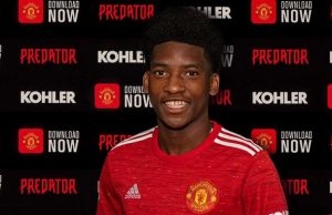 Man Utd announce signing of centre-back Willy Kambwala || PEAKVIBEZ