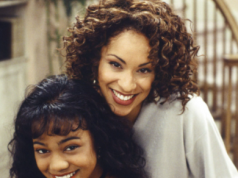 See what Fresh Prince of Bel-Air stars Karyn Parsons and Ashley Banks look like 30 years later as they reunite and recreate their old photo || PEAKVIBEZ