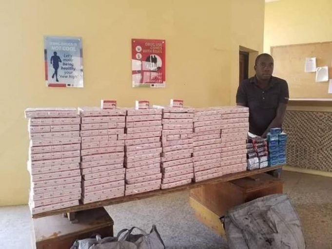 NDLEA arrests suspected illicit drug dealer with Tramadol and Diazepam tablets?worth over N50m in Adamawa || PEAKVIBEZ